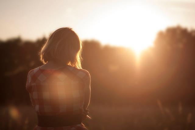 Kumpulan Pesan Kangen Yang Bakal Bikin Dia Tambah Kangen Kamu |  bahasacintaku